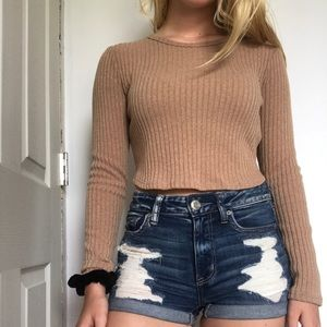Forever21 Long sleeve cropped shirt